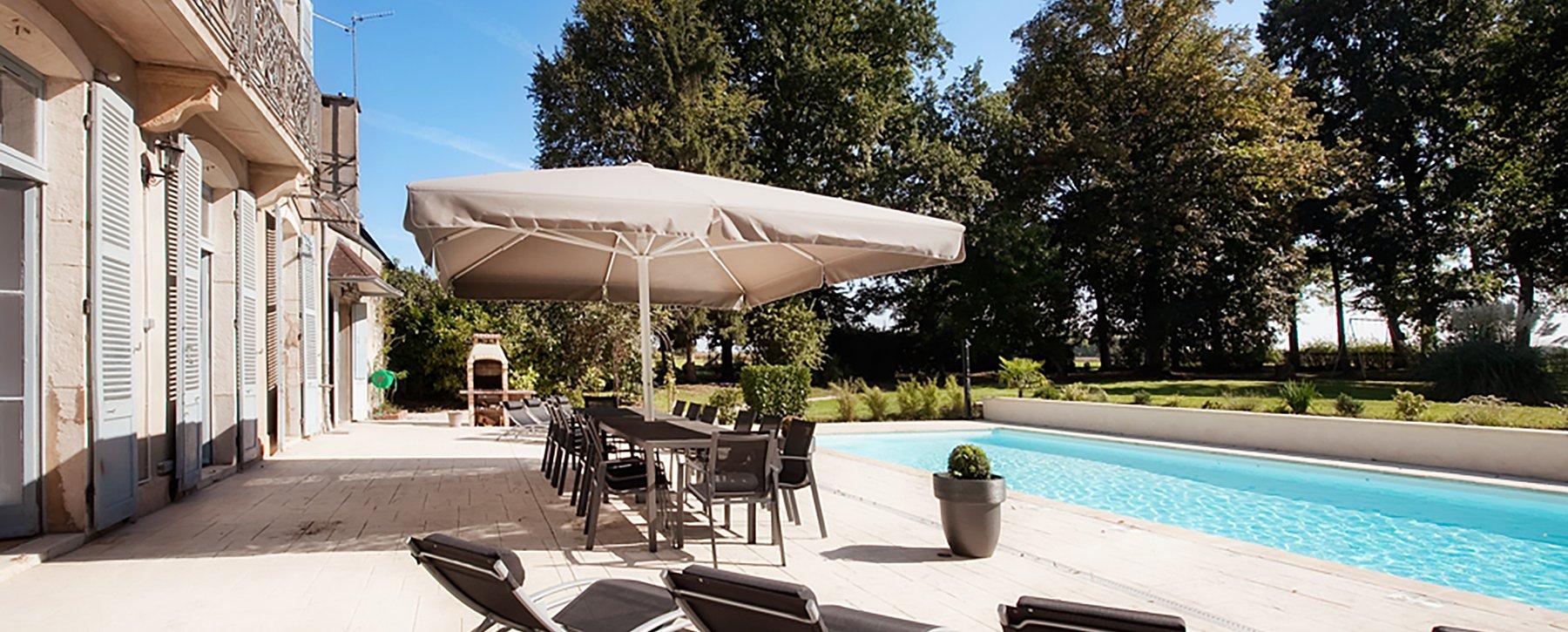 piscine chateau lans